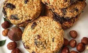 Овсянка с творогом, изюмом и орехами – рецепт пошаговый с фото