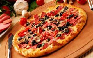 Пицца с луком и вареной колбасой в духовке – рецепт пошаговый с фото