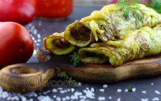 Фаршированные кабачковые блины сыром и помидорами – рецепт пошаговый с фото