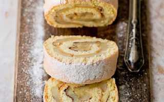 Бисквитный рулет с яблоками за 15 минут – рецепт пошаговый с фото