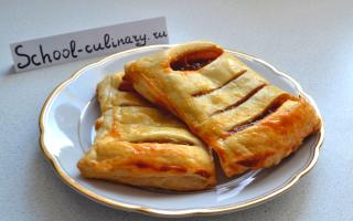 Пирог с вареньем из слоеного теста – рецепт пошаговый с фото