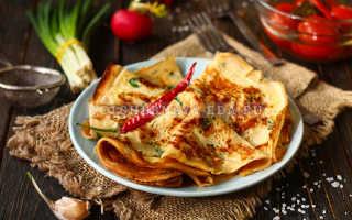 Яичный блинчик с сыром и зеленью – рецепт пошаговый с фото