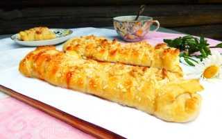 Пирог с творогом из слоеного теста – рецепт пошаговый с фото