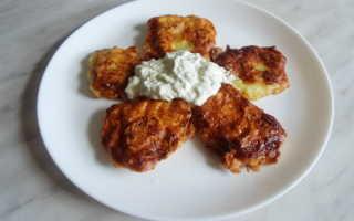 Кабачковые оладьи с огуречным соусом – рецепт пошаговый с фото