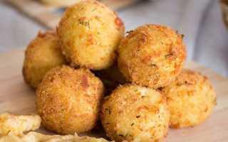 Сырные шарики с колбасой и яйцом – рецепт пошаговый с фото
