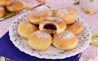 Маленькие дрожжевые пончики с джемом – рецепт пошаговый с фото