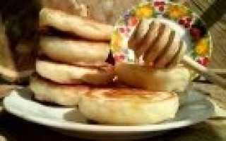 Оладьи на дрожжах – рецепт пошаговый с фото