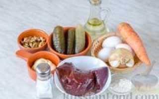 Печеночный салат с яичным блинчиком – рецепт пошаговый с фото