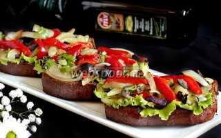 Брускетта с перцем, сыром и оливками – рецепт пошаговый с фото