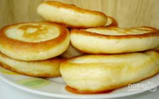 Воздушные оладьи на кислом молоке с корицей – рецепт пошаговый с фото