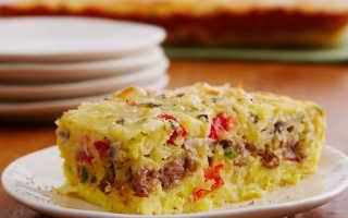 Омлет с колбасой, грибами и зеленью – рецепт пошаговый с фото