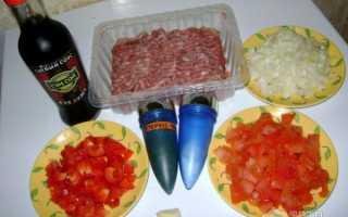 Рожки с куриным фаршем и перцем чили в соусе болоньезе – рецепт пошаговый с фото
