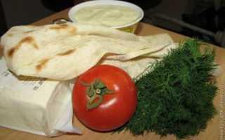 Яичные конверты с брынзой и зеленым луком – рецепт пошаговый с фото